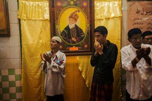 001_Bahadur-Shah-Zafars-Grave,-Yangon