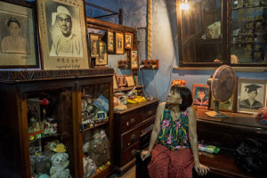 006_Inside-a-Chinese-home-in-downtown-Yangon
