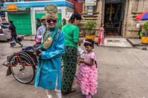007_Sri-Varatha-Raja-Perumal-Hindu-Temple,-51st-Street,-Yangon